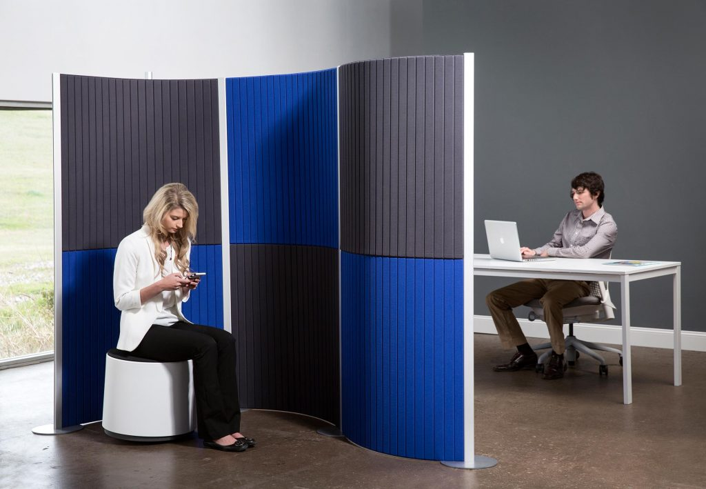 Redesign your office space with movable modular walls for Redesign your office