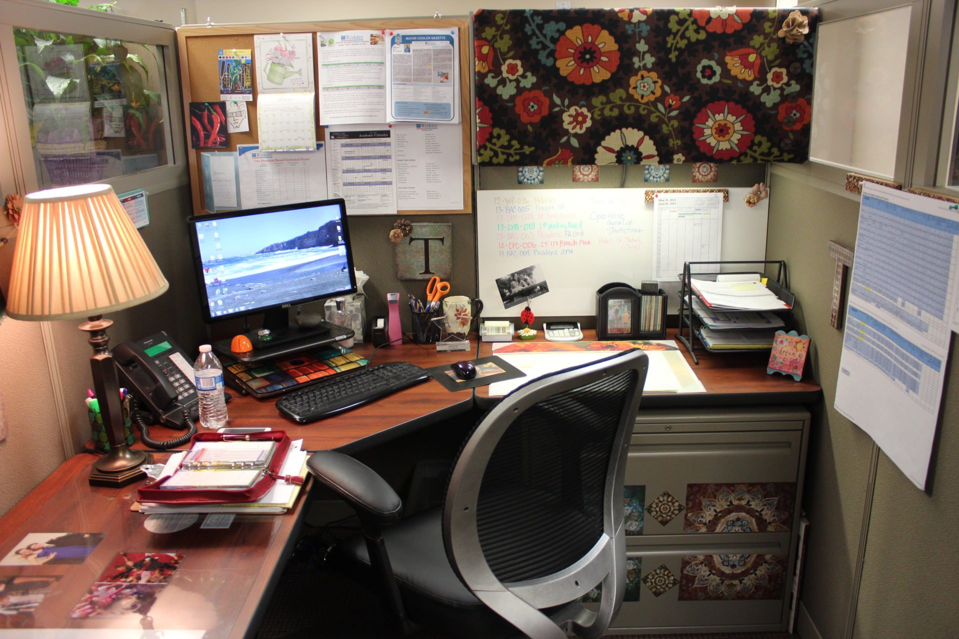 Show Us Your Cube Office Furniture Store Houston