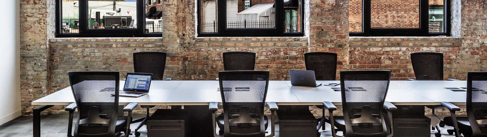 KI Benching For An Open Office